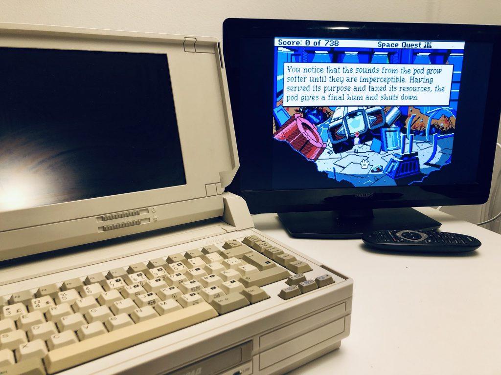 Compaq SLT/286 - using an external monitor